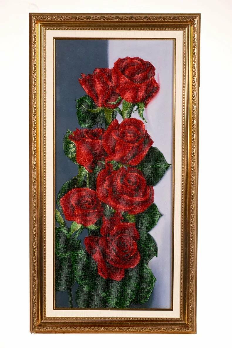 Как вышить бисером красно черные розы фото
