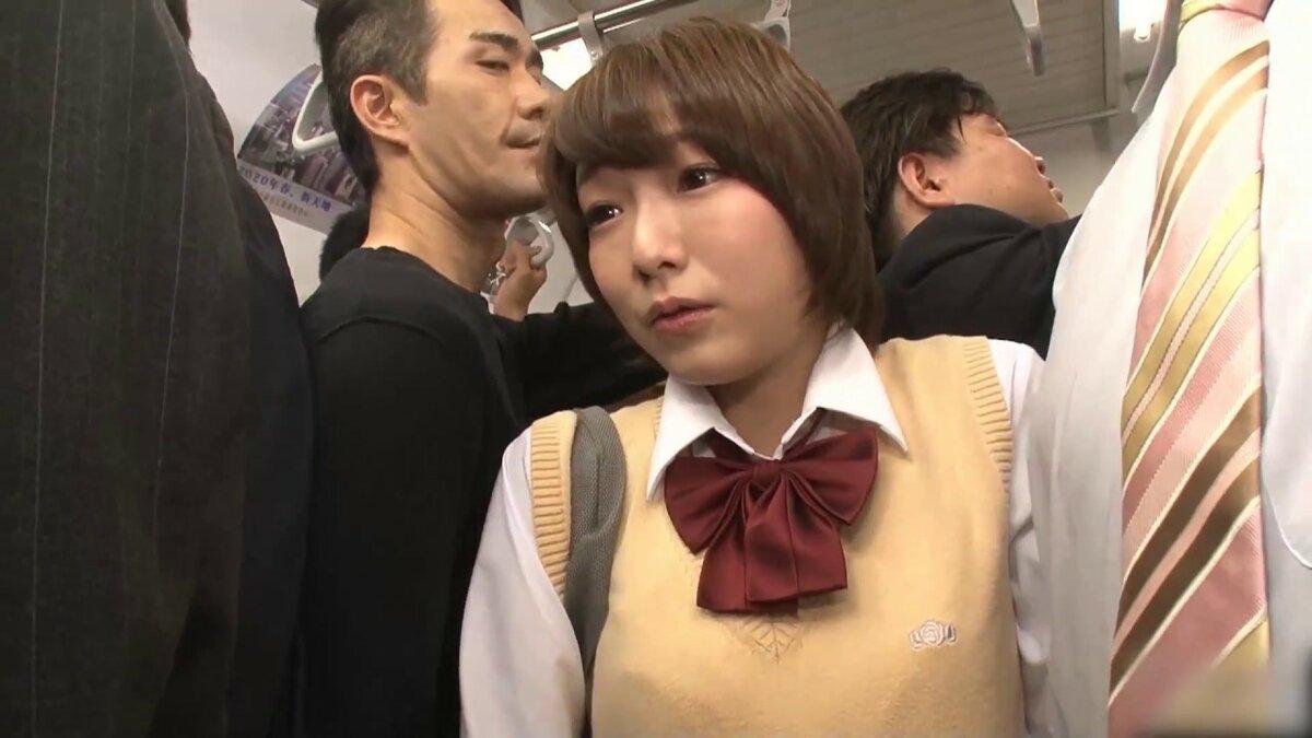 ютуб видео приставание в японском метро куда