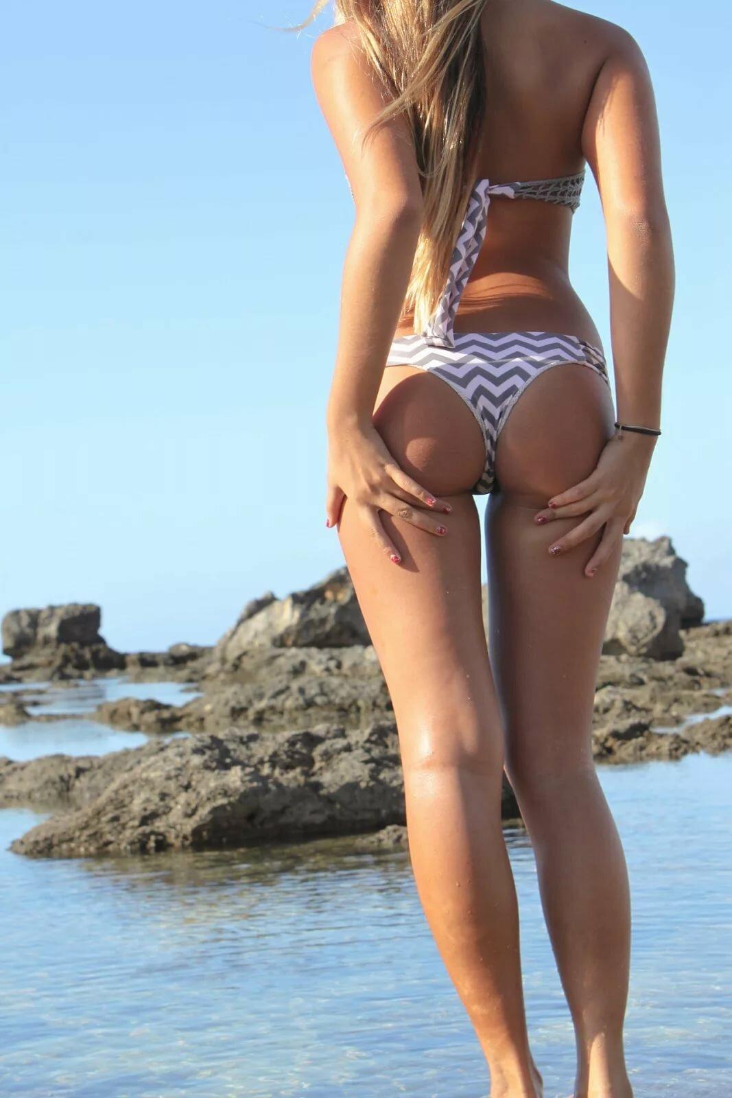 Big butts on skinny girls
