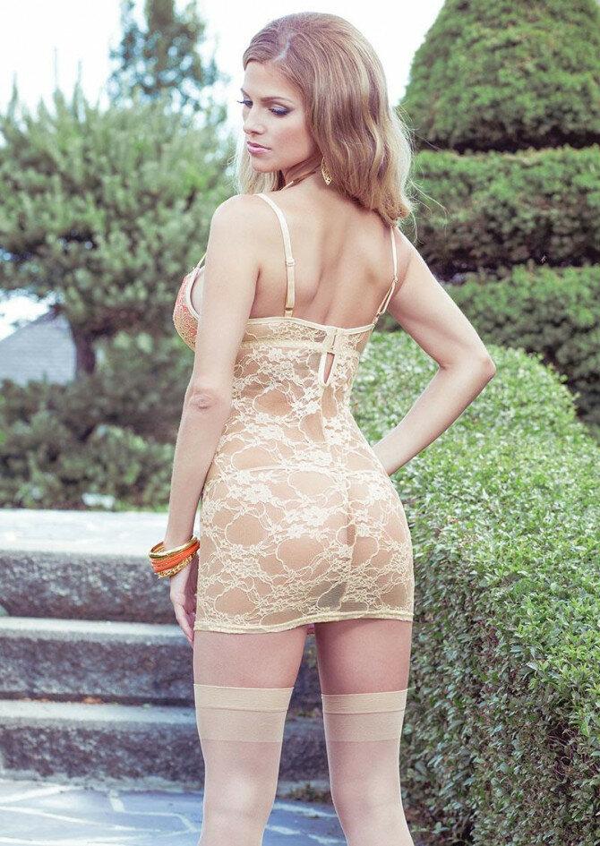 телочки в прозрачных платьях - 7