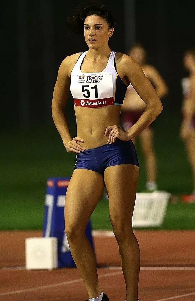 Best legs on female athletes — pic 14
