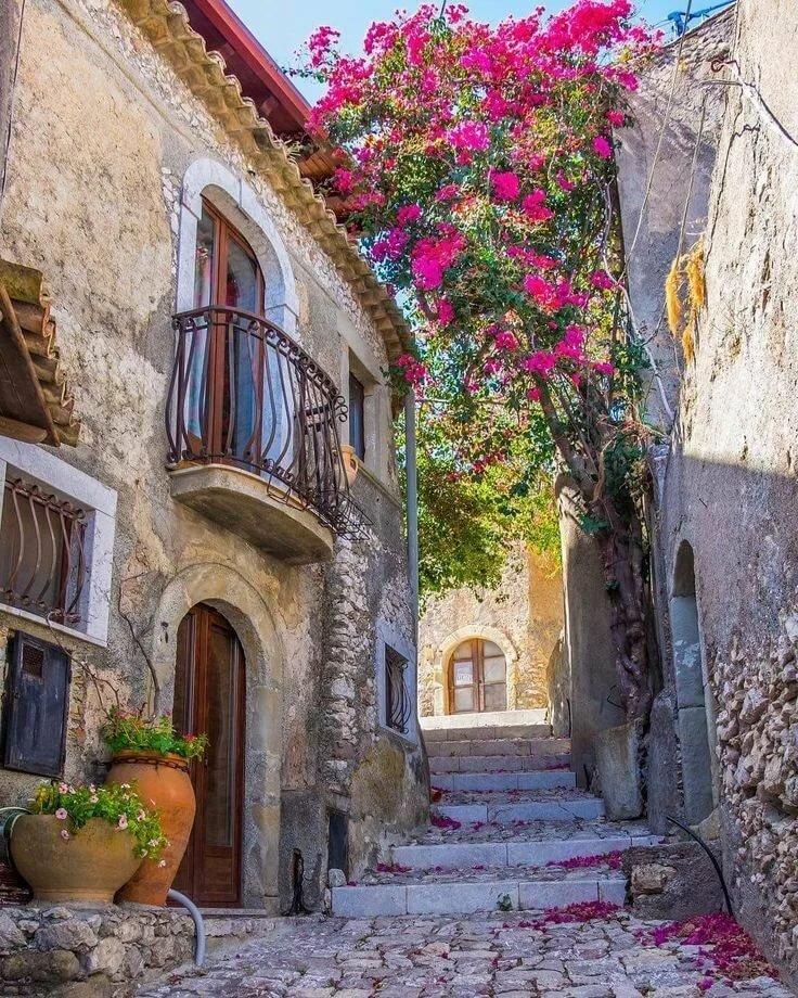 красивые картинки домиков в италии буквы английского алфавита