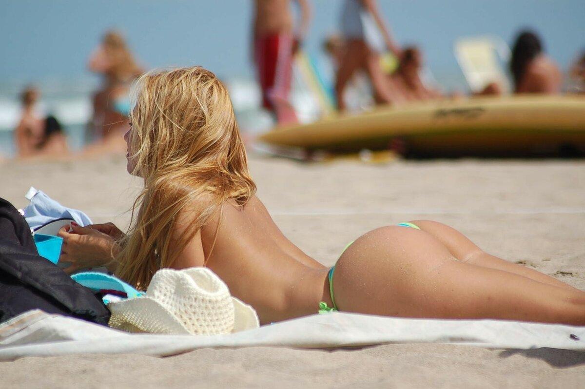 Teen sunbathing bikini