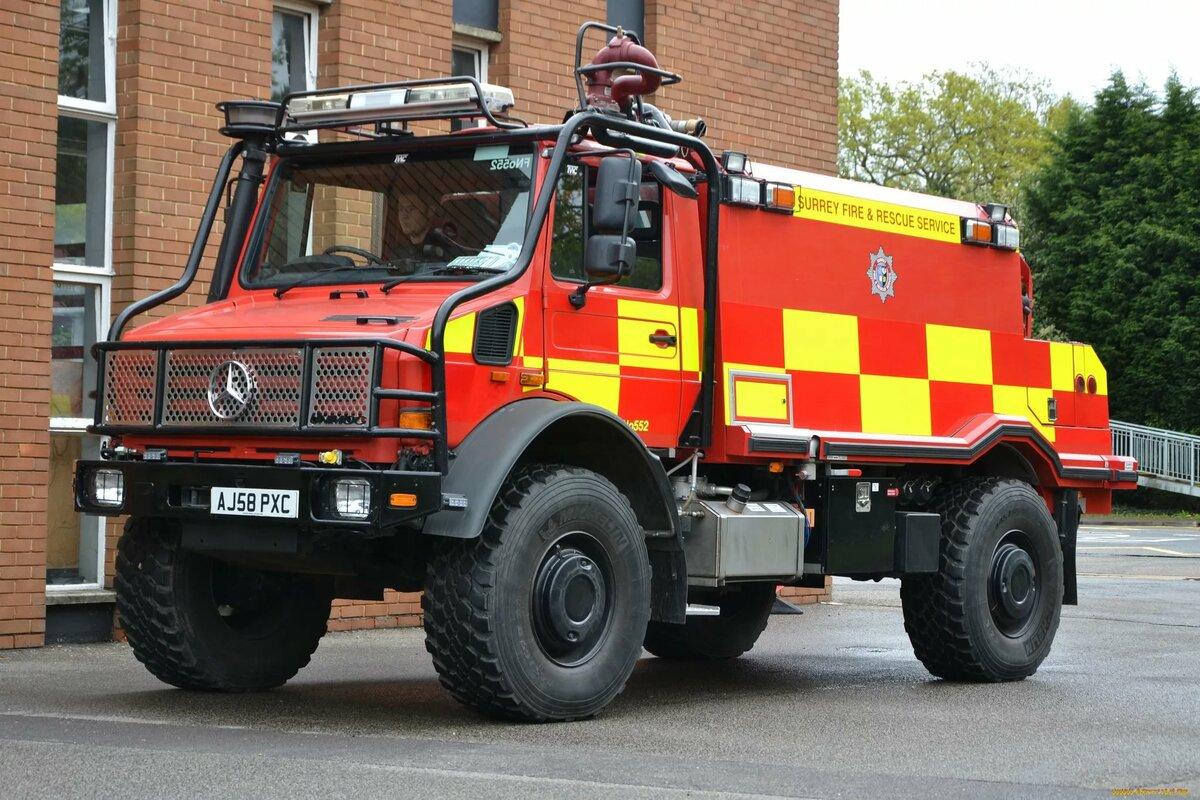 пожарный водозащитный автомобиль фото многих странах