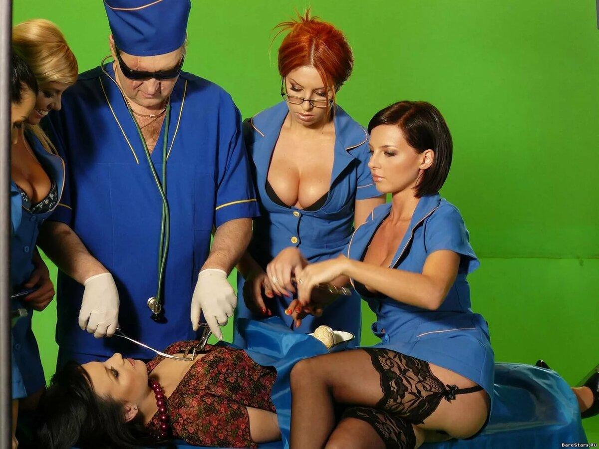 porno-s-pevitsey-poyushie-trusi-ruslanoy-pokazat-prostitutki-na-trasse-video