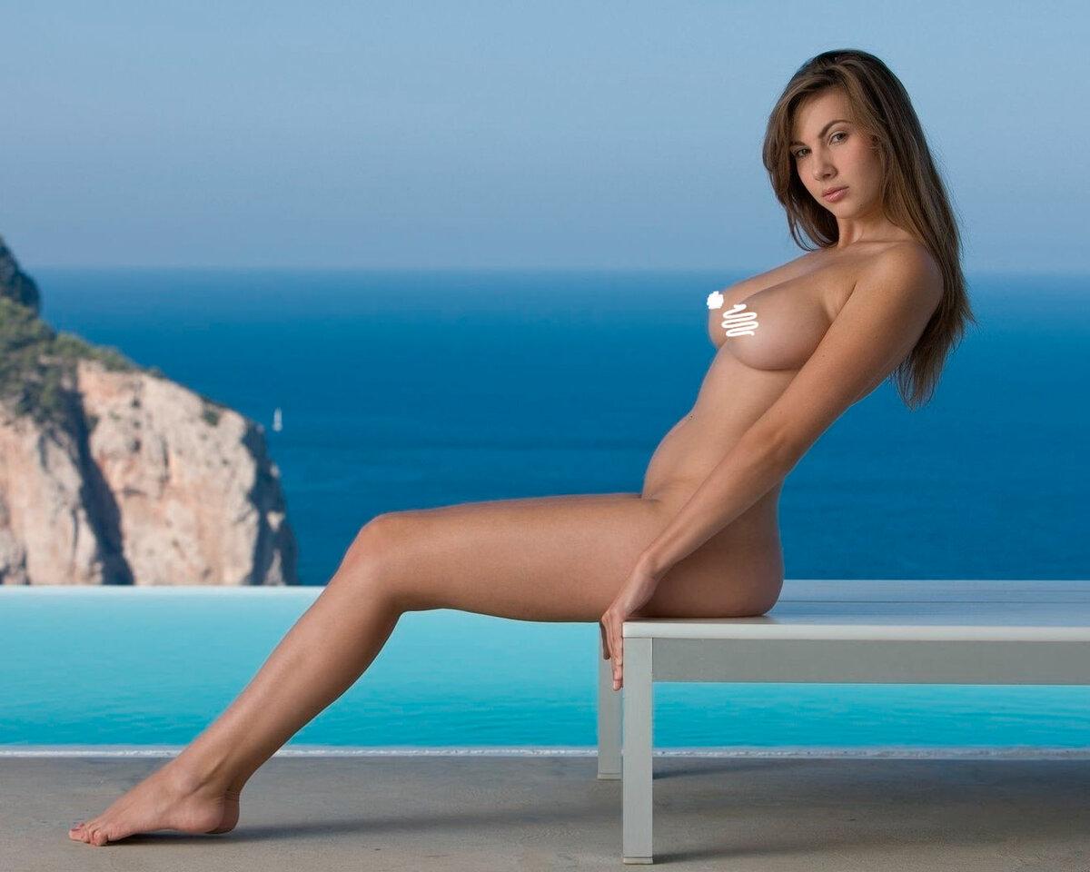 Видео влажный красивая стройная голая девушка красном белье