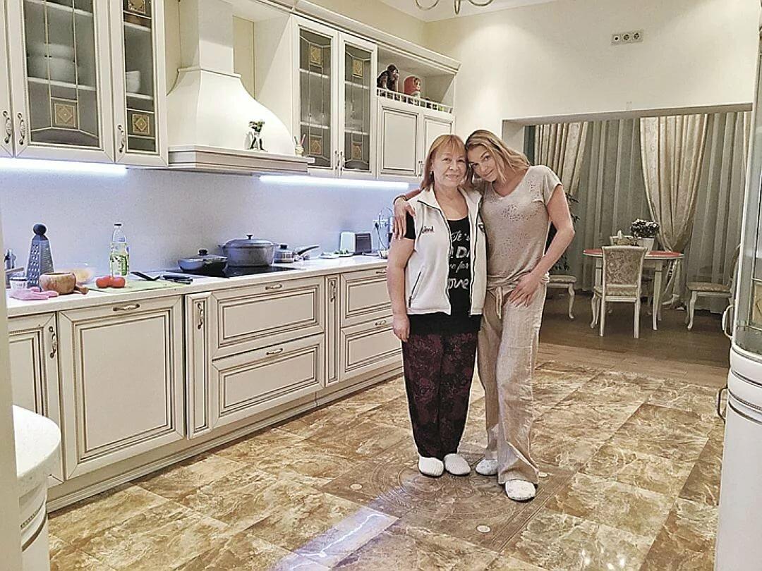 дома и квартиры российских звезд фото кухня