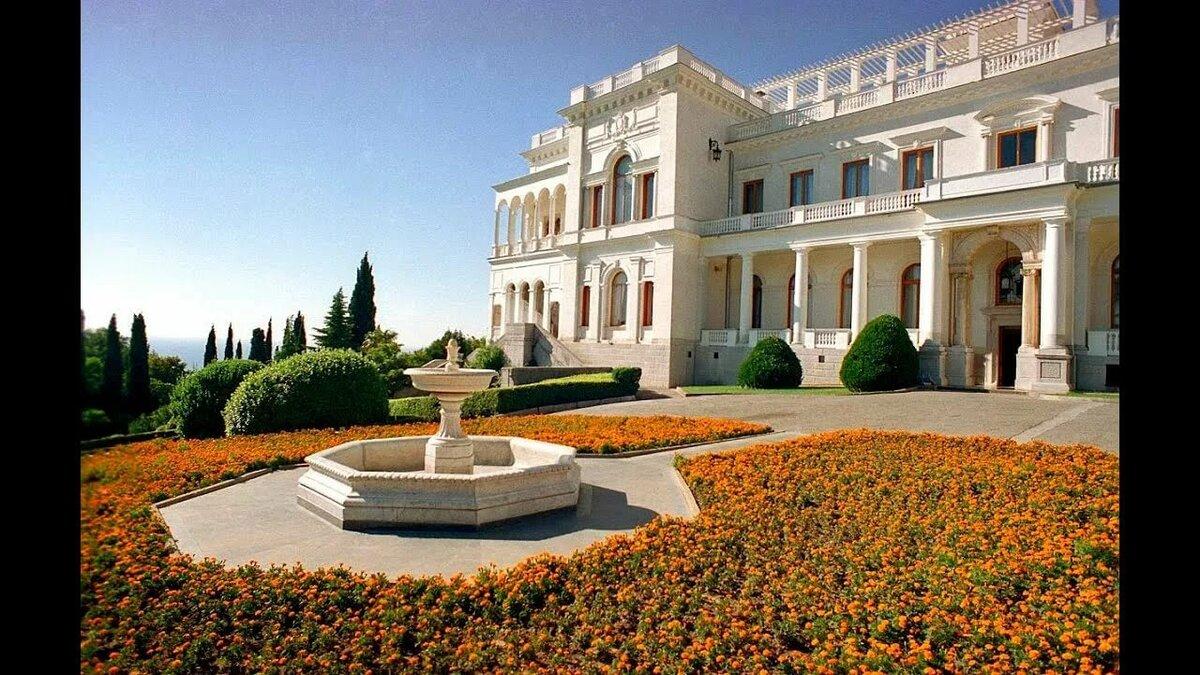 фото семенова строительство ливадийского дворца обоих фотографиях нейтральный