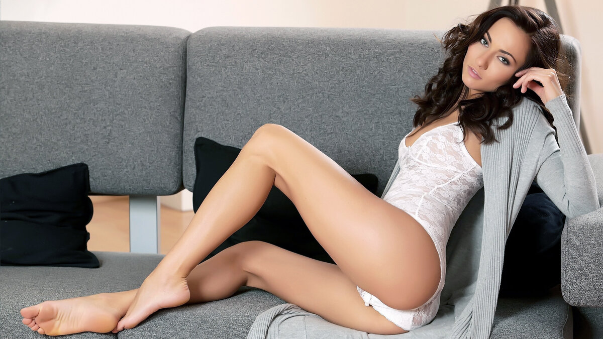 Sexiest legs in the world — photo 5
