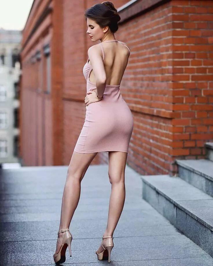 In model sexy skirt woman