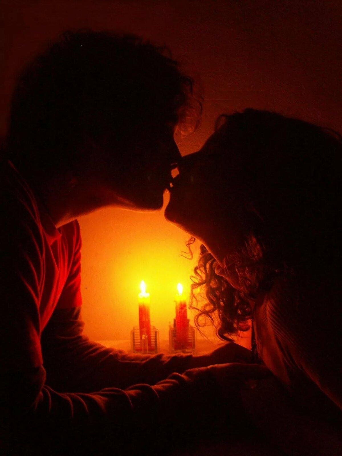 Картинка при свечах