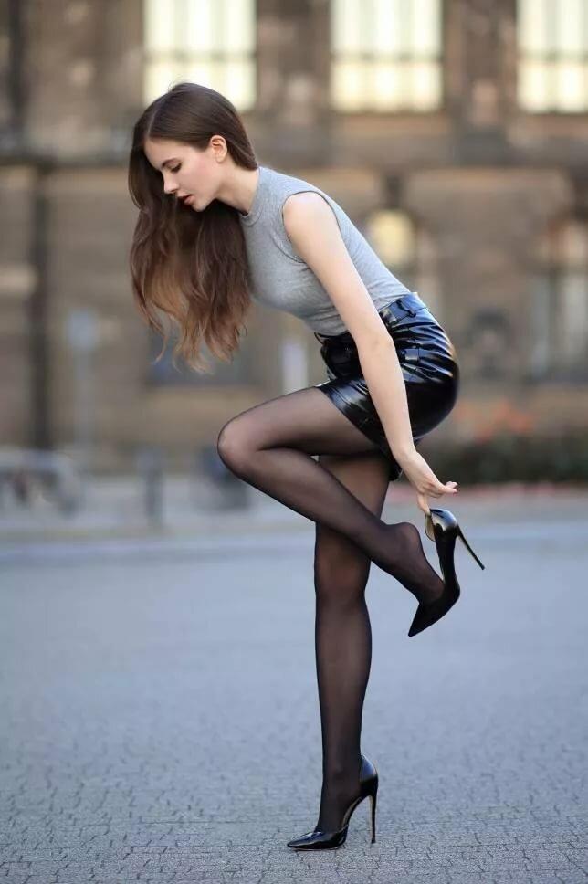 будущем, фото дам на каблуках омских врачей