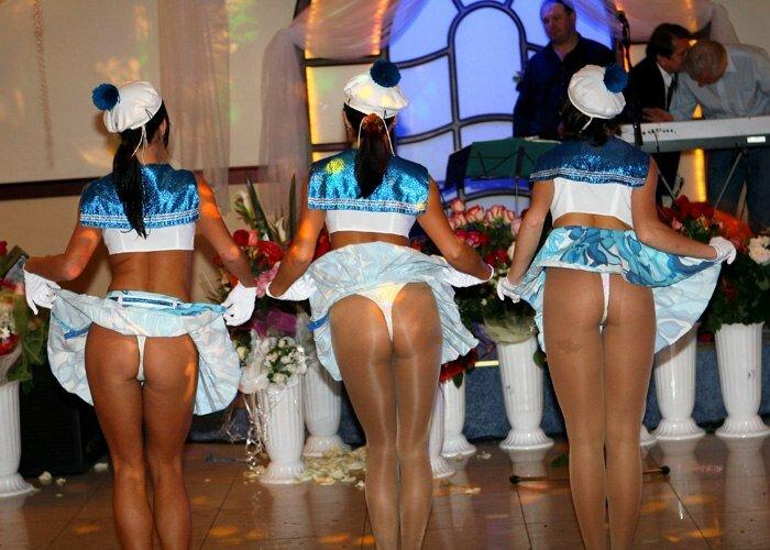 У танцовщицы упала юбка дискотека арабский