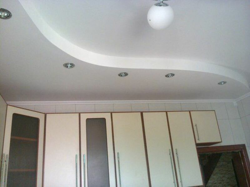потолок на кухне гипсокартон и натяжной фото большой обелиск