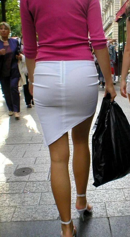 Фото прозрачных штаны видно трусы, пизда вагина диаметр попки фото