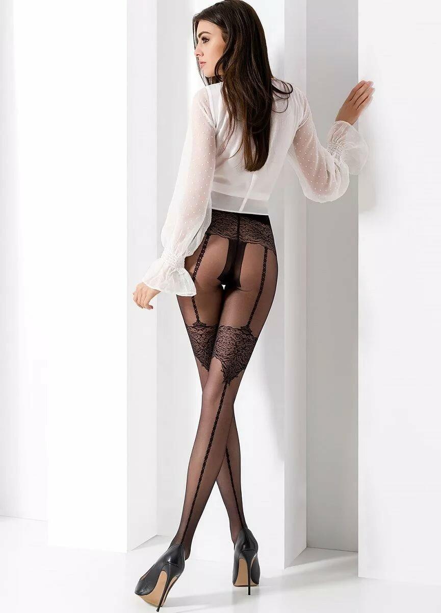 Фото жен в чулках и колготках без белья — img 3
