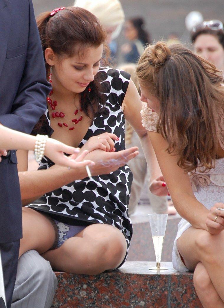 nechayanno-zasvechennie-trusiki-foto-mobilnie-video-erotiki