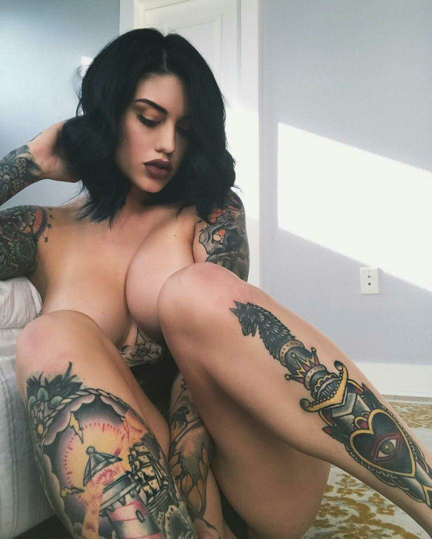 hot-nude-girls-with-face-tattoos-petite-ladies-coats