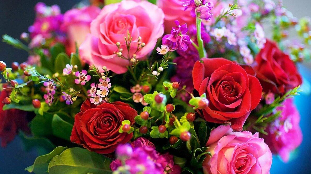 могут привлечь букет цветов в картинках роз на рабочем столе взять