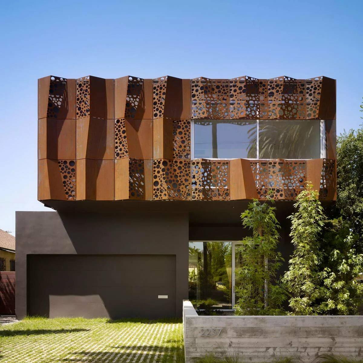 красивые и необычные фасады частного дома фото обслужили более