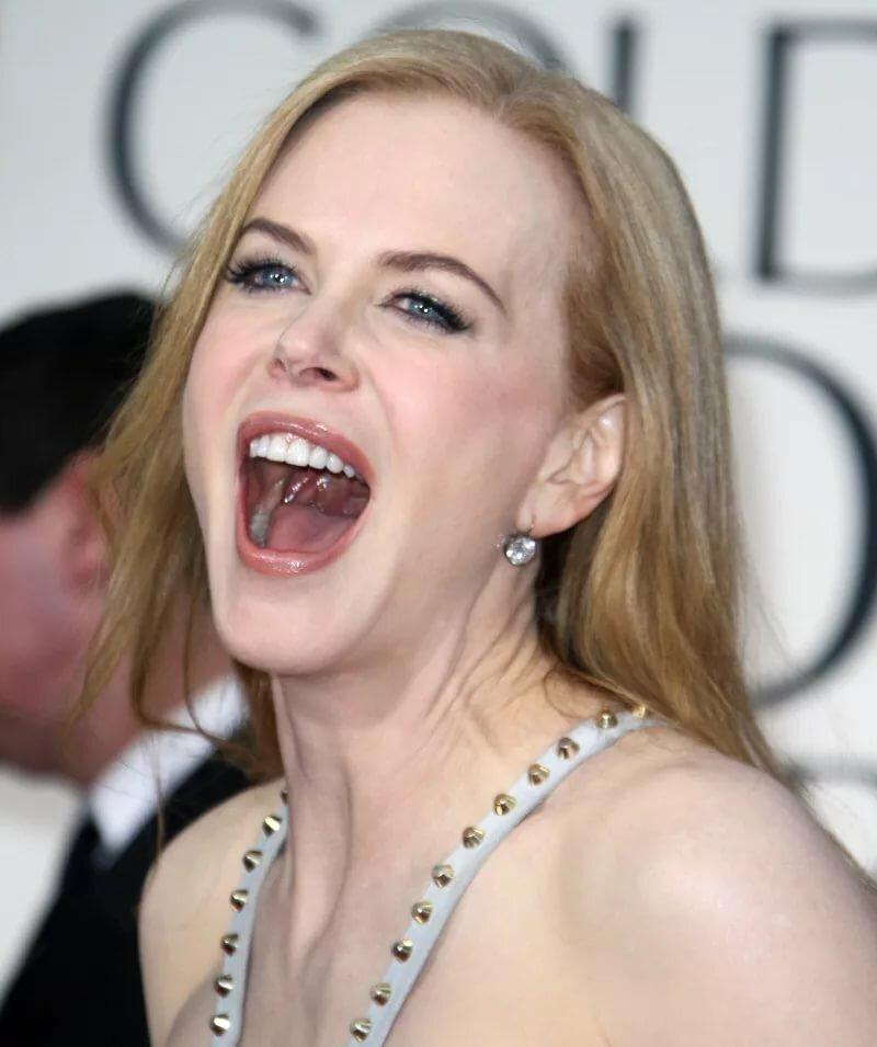 юлькин рот фото блондинки секс