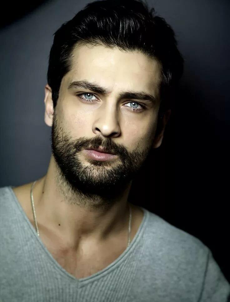 нужно все турецкие актеры и фото летние футболки рисунком