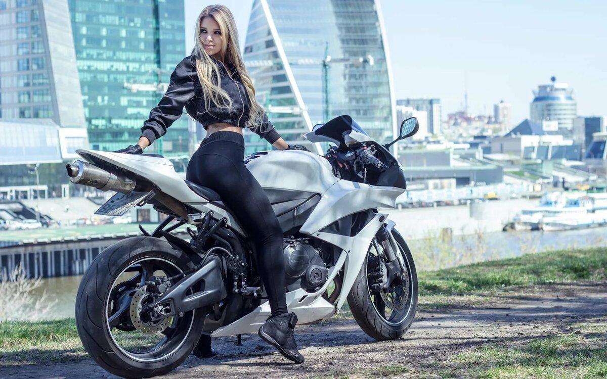 Женщины на мотоциклах картинки