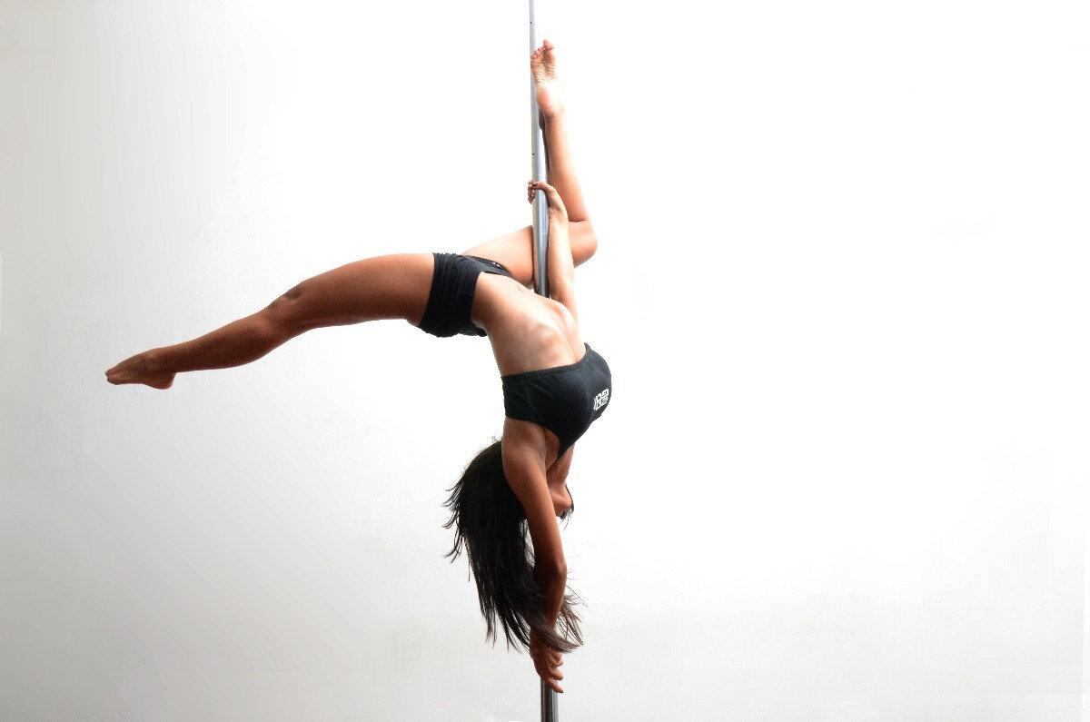 танец на пилоне фото одно ключевых