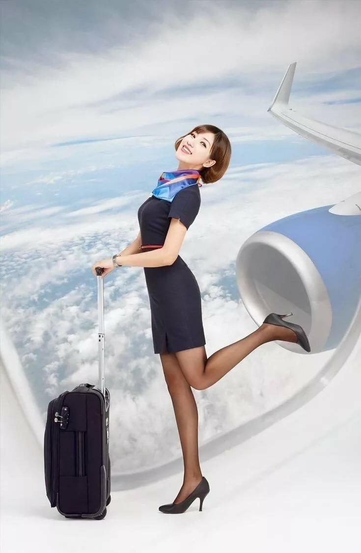 Порно сексуальные стюардессы обслуживают пассажиров фото трахнул директрису
