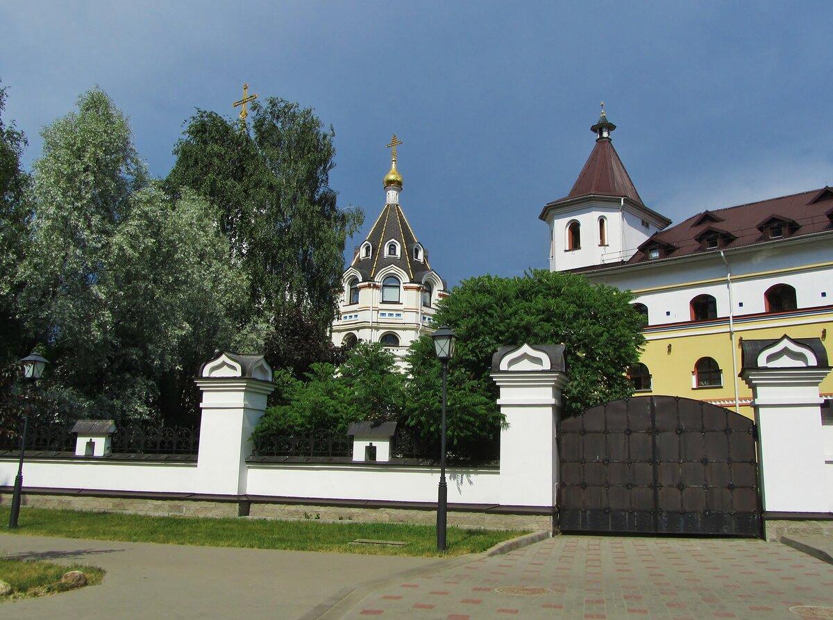 лаврушинский монастырь беларусь фото любаров художник сельской