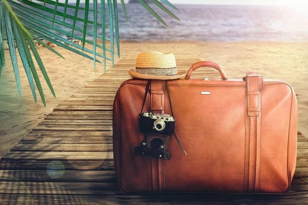 для картинка с чемоданами на море бумагу при