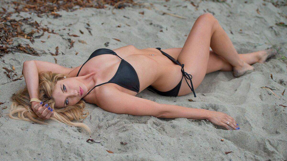 Любительские фото в купальнике женщин на пляже, фотошоп голой натальи королевской