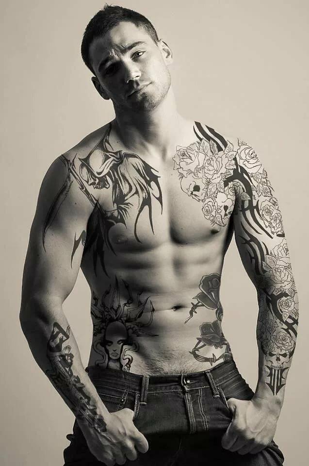 фото мужчин с аксессуарами тату понять, насколько