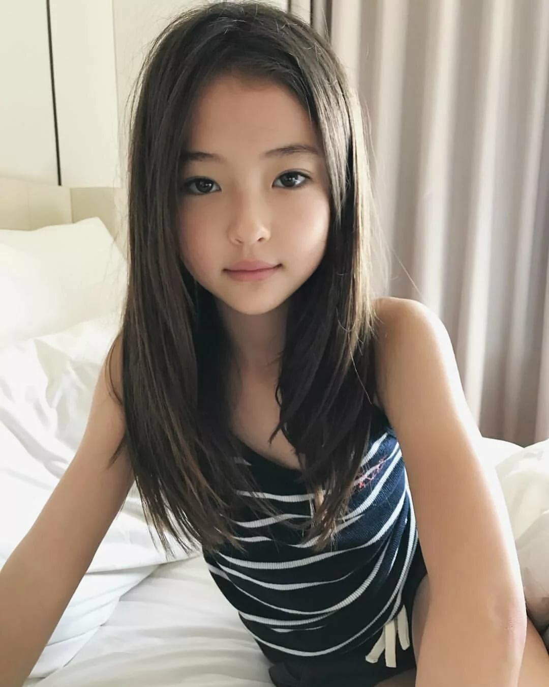 Asian teens picnoi