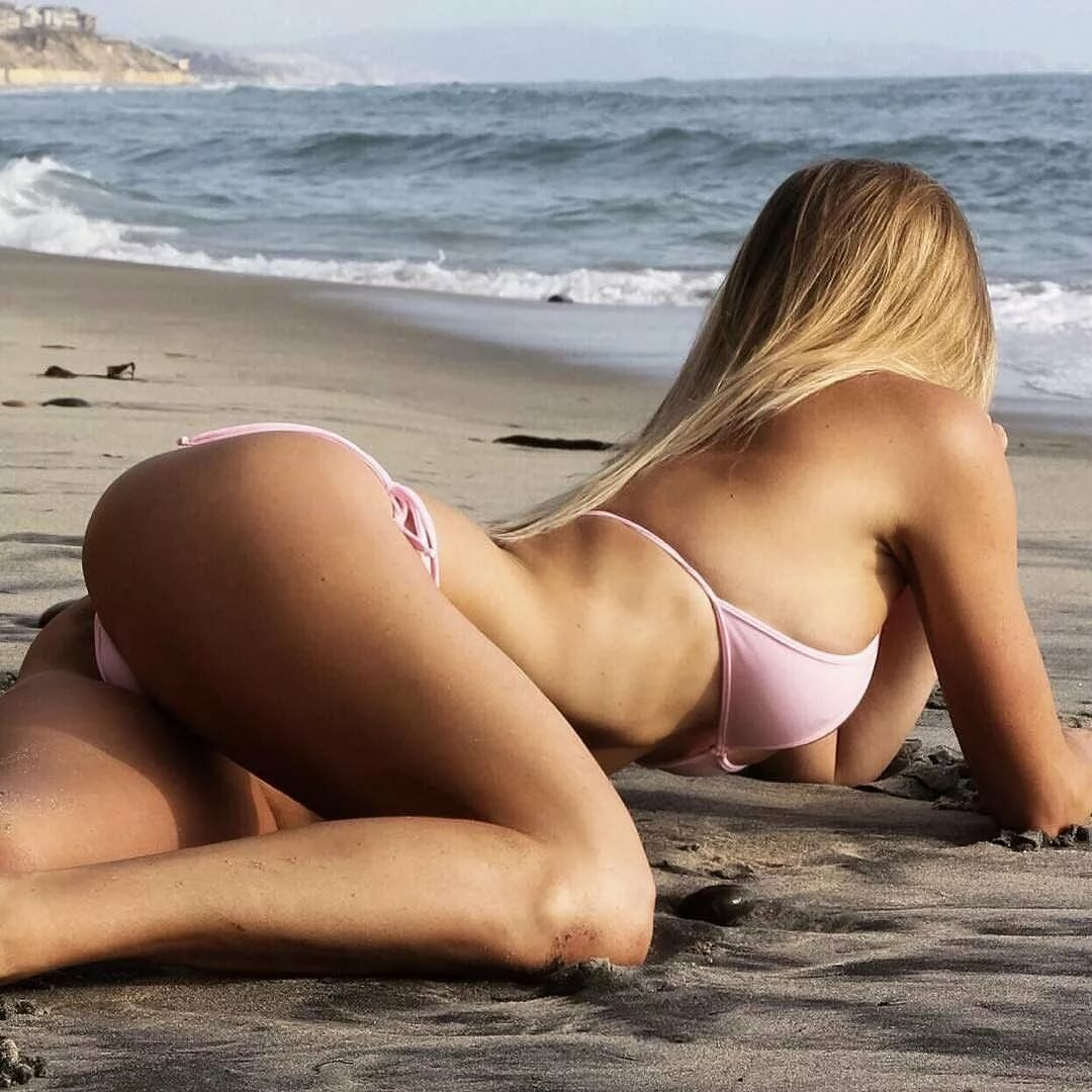 filmaker-video-sexy-bikini-girls-asses