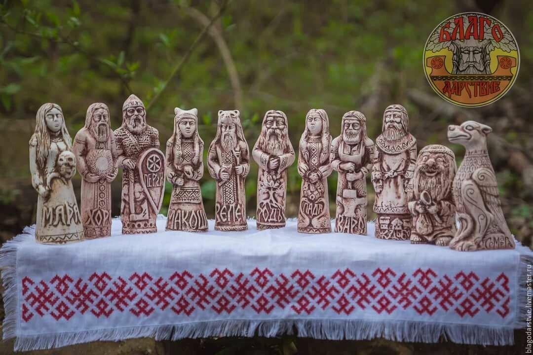 изображение языческих богов фото картинки бетонного