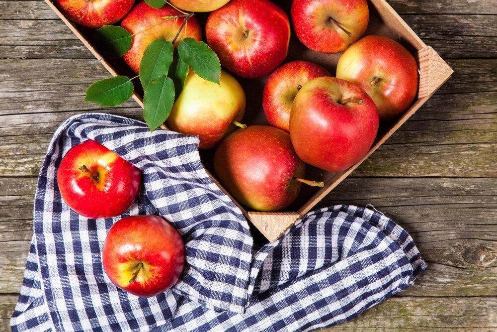 Яблоко открытки