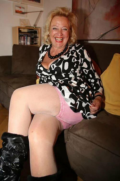 Granny creampie surprise