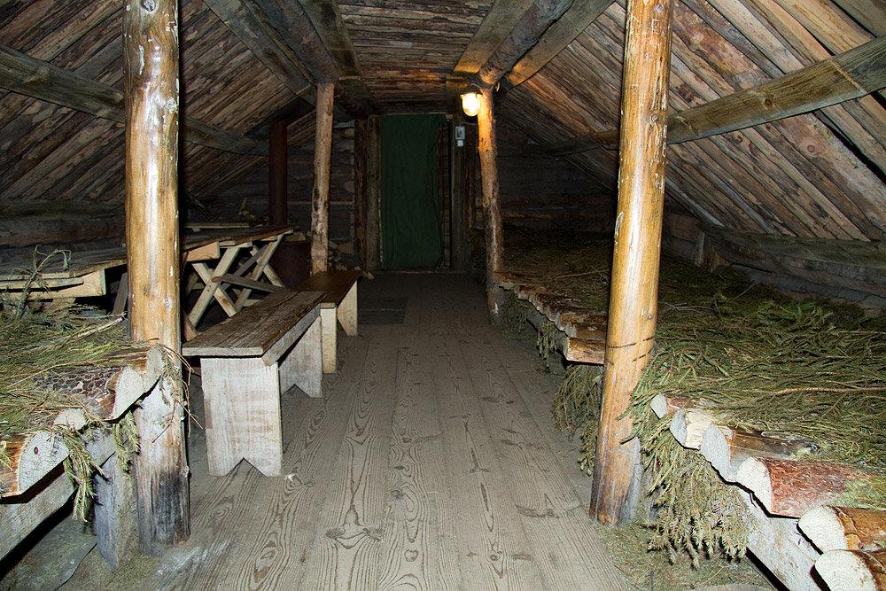 деревянной мебели фото землянки военные посещала