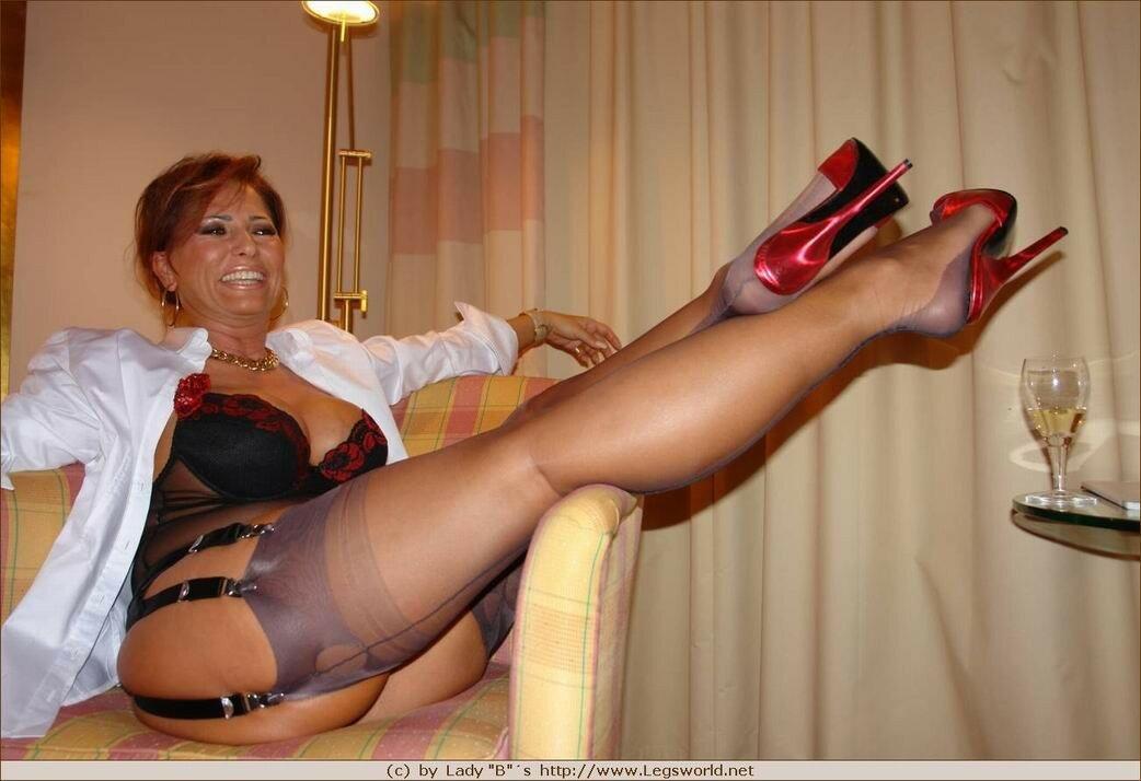 нередко это женские чулки на ножках бальзаковского возраста статью ангелины, вообще