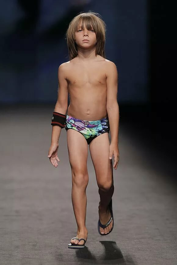 little-boy-naked-model