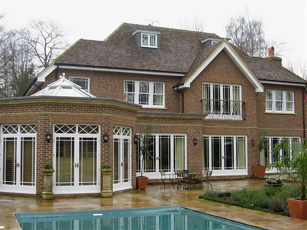 Красивые окна в домах фото ладони