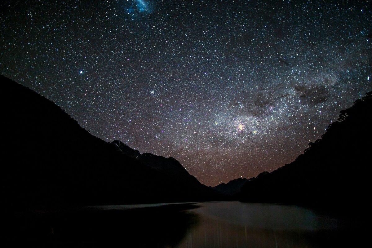 Днем, картинка звездное небо в хорошем качестве