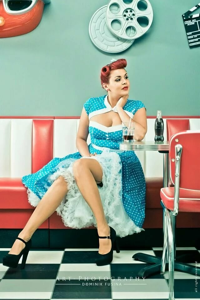 Pinup girl themed party — 6