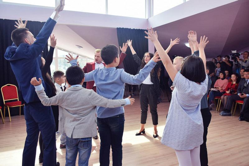 Танцевально двигательная психотерапия