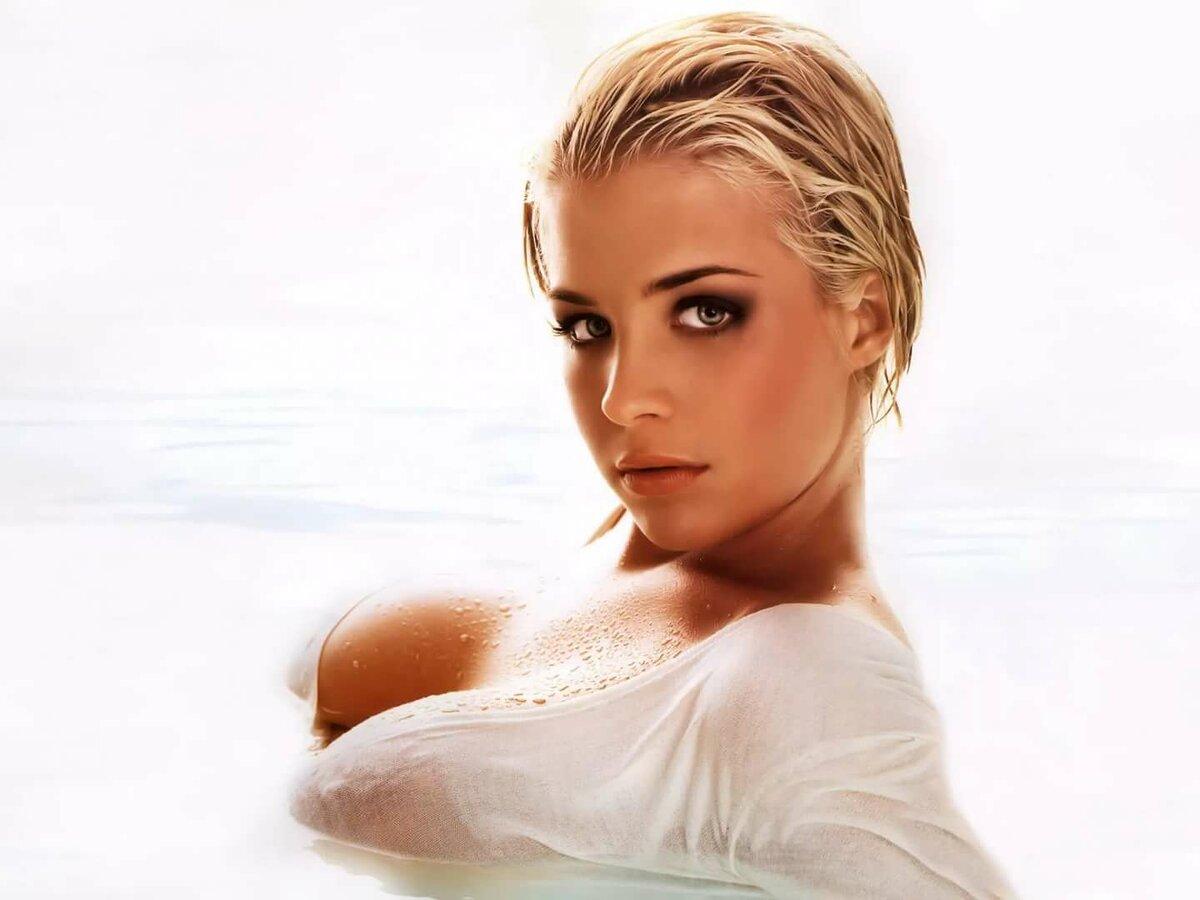 Gemma atkinson nude topless — img 1