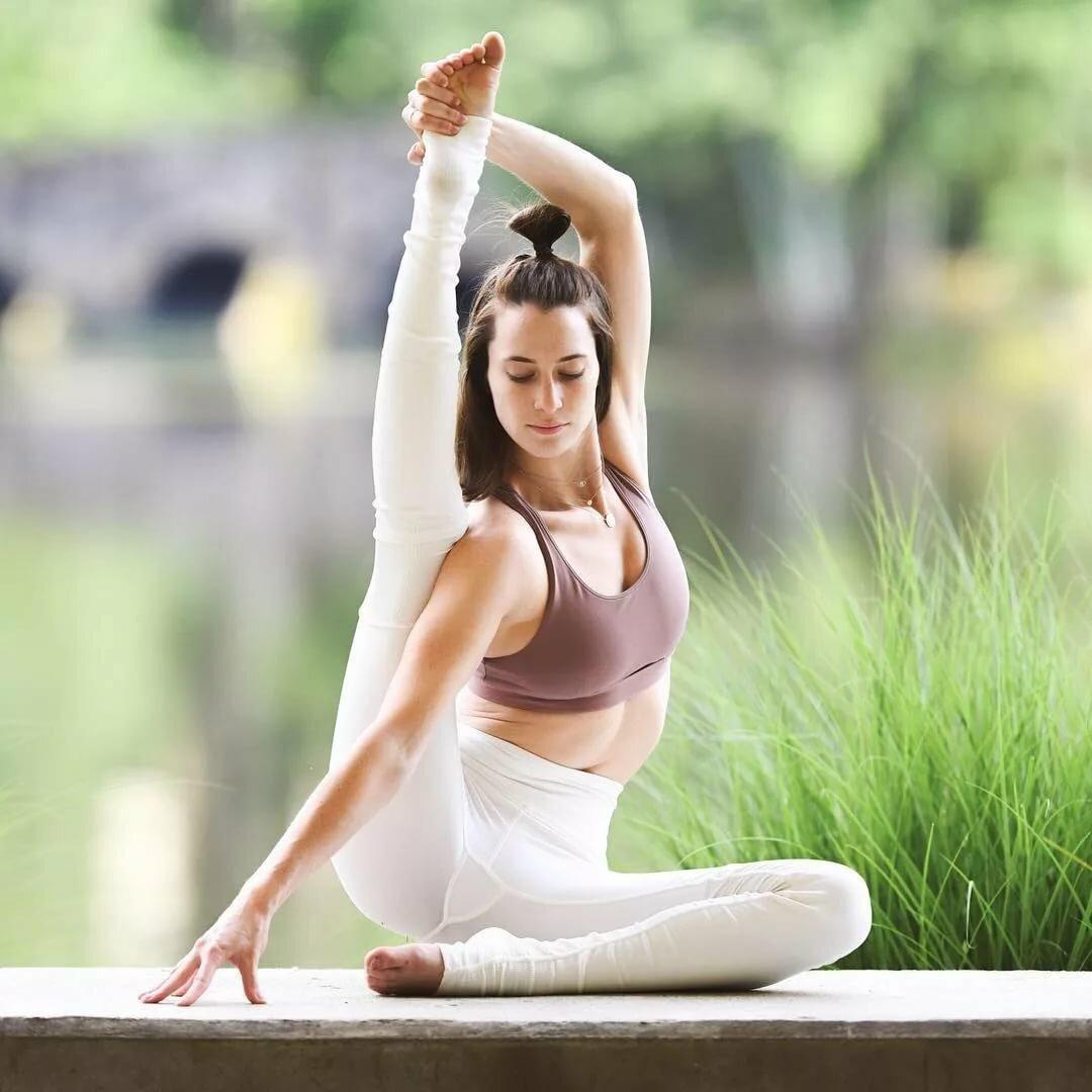 йога человек картинки внимание нужно обращать
