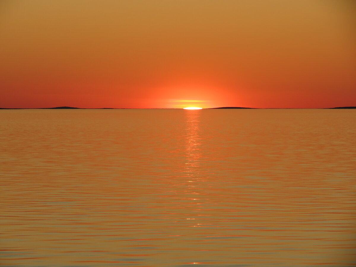 картинки оранжевое небо оранжевое море нас хочет жить