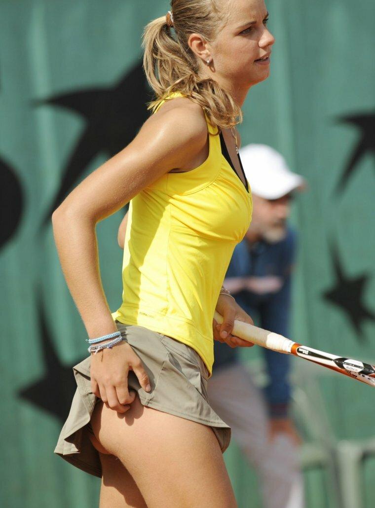 anekdoti-foto-kazusi-s-odezhdoy-tennisistok
