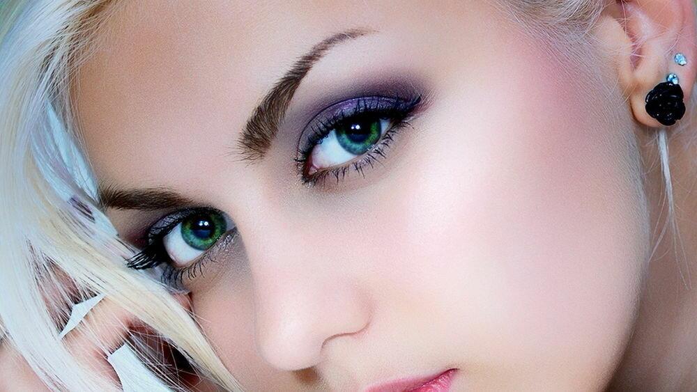 Картинки с глазами голубыми блондинок